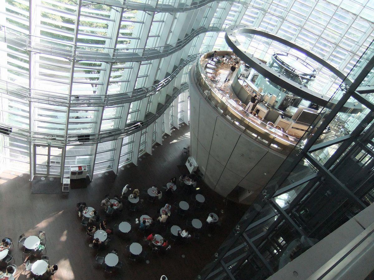 国立新美術館 01
