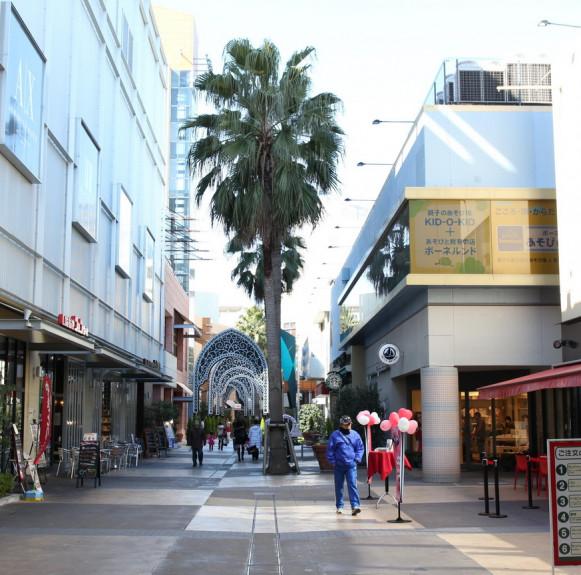 Trung tâm mua sắm Lalaport TOKYO-BAY