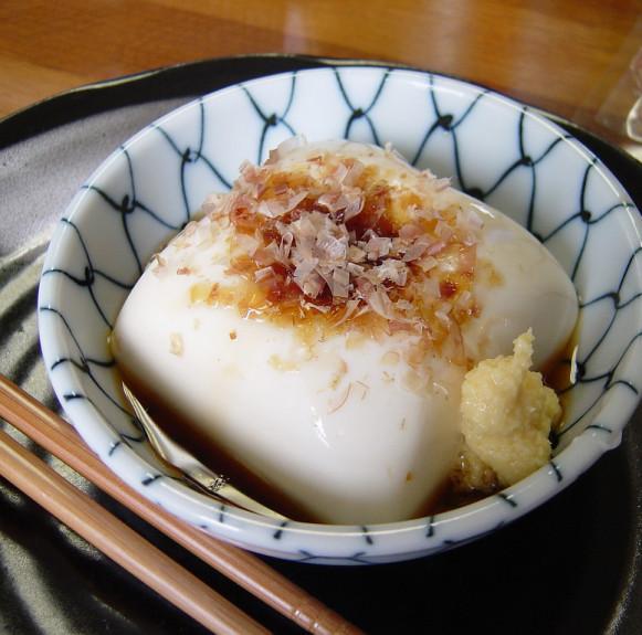 Món đậu lạnh kiểu Nhật – 冷奴– Hiyayakko