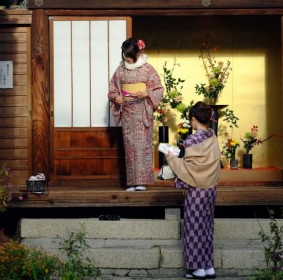 Sự khác biệt giữa Kimono và Yukata