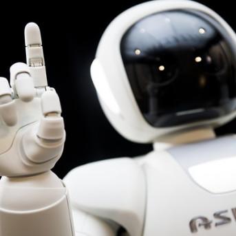 Nhật Bản sắp có robot phiên dịch phục vụ khách du lịch ngoại quốc