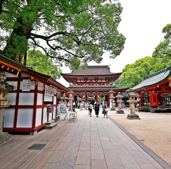 Những danh thắng nổi tiếng ở miền nam Nhật Bản